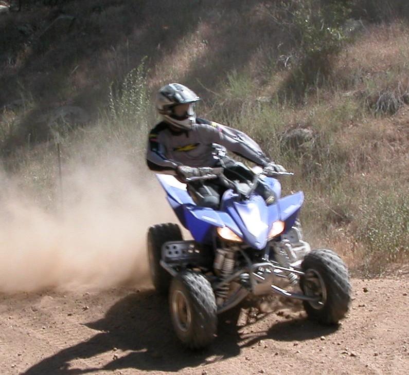 ATV: ATV Trail Shoot Out - Honda TRX450R vs Yamaha YFZ450